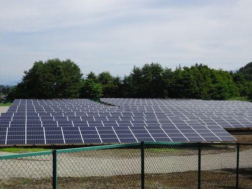 フー社が投資したとみられる太陽光発電所(7月撮影)