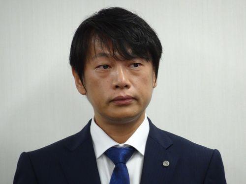 会見する榊社長(12月10日撮影)