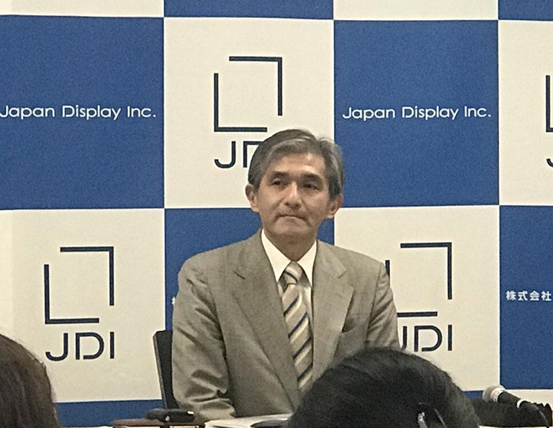 会見するJDI・菊岡稔社長(12月12日)