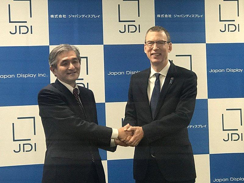 JDI菊岡社長(左)とキャロン社長